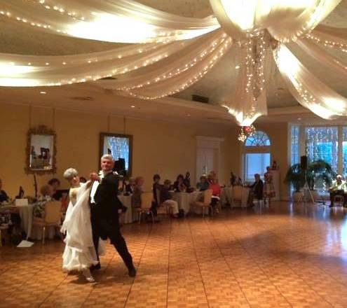 Ballroom (Beginner I) – Rockie & Mary Lou Troxler